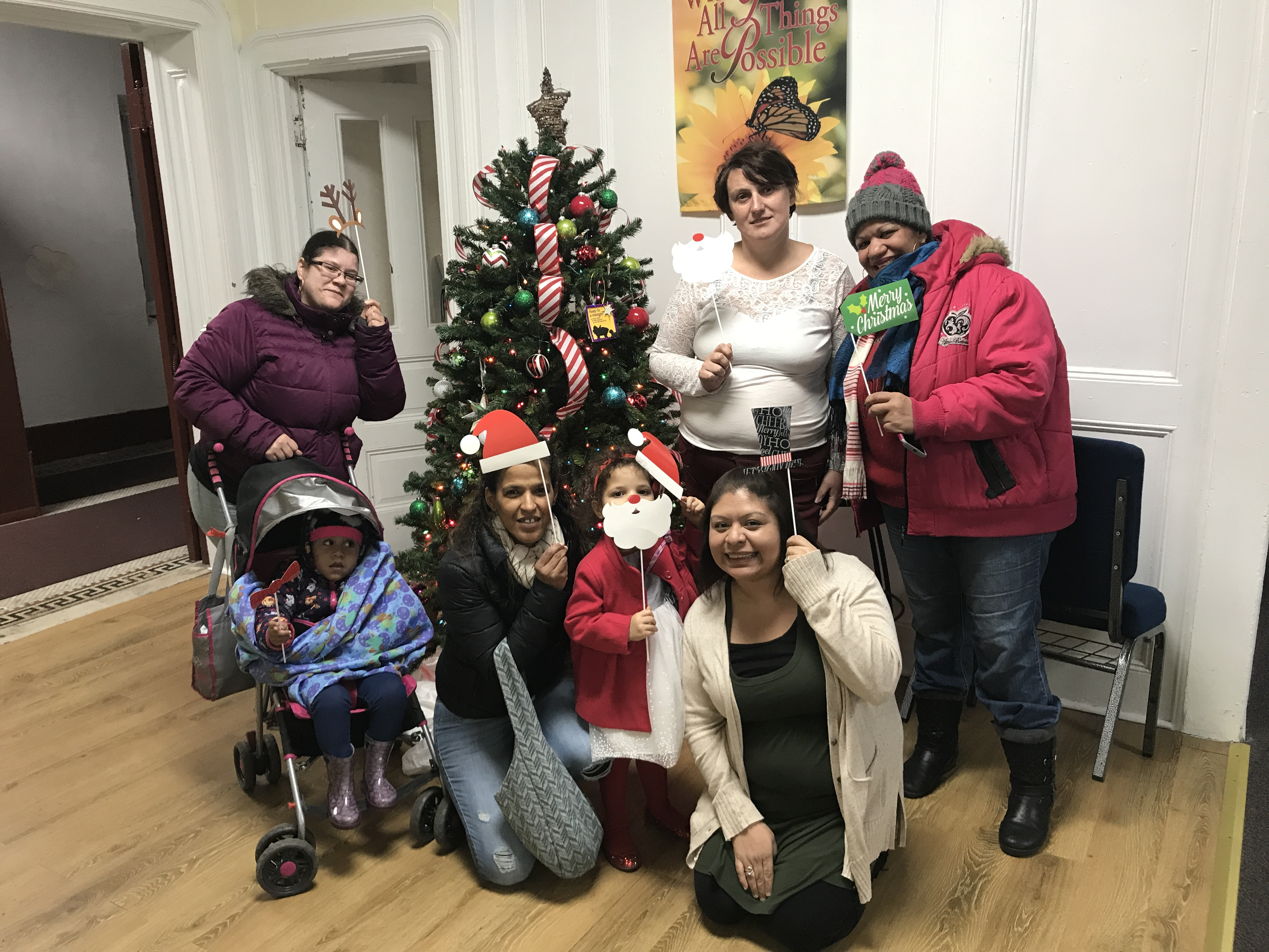 Families celebrate Christmas at Graffiti 2